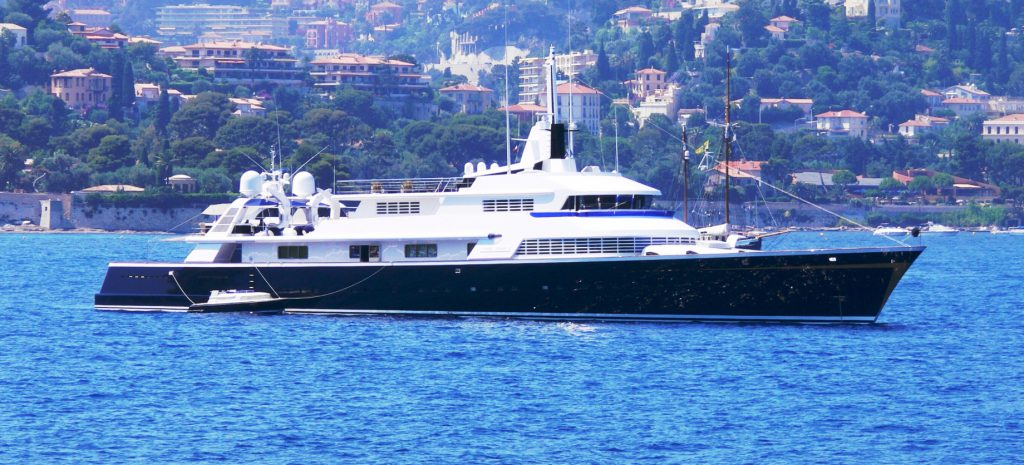 http://www.charterworld.com/images/yachts/THE%20ONE%20-%20Yacht%20and%20Tender.jpg